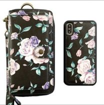 大人気mahalo Ultimate Wristlet Phone Case in Midnight Floral
