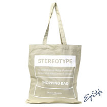 TOTE STEREOTYPE IN CANVAS