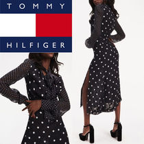 人気ワンピース【TOMMY HILFIGER】ZENDAYA POLKA DOT DRESS