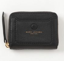 SALE! コンパクト収納! MARC JACOBS ラウンドファスナーミニ財布