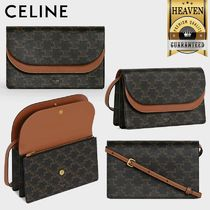 累積売上総額第1位!【CELINE】WALLET ON STRAP_10D852CG9