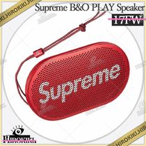 Supreme B&O PLAY by Bang & Olufsen P2 Wireless Speaker 赤