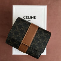 送料込【CELINE】SMALL TRIFOLD WALLET IN TRIOMPHE CANVAS