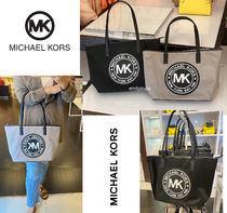 Michael Kors★KENLY LG TZ TOTE ファスナー付 ナイロン製