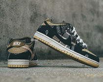 送料関税込み[Travis Scott] Nike SB Dunk Low