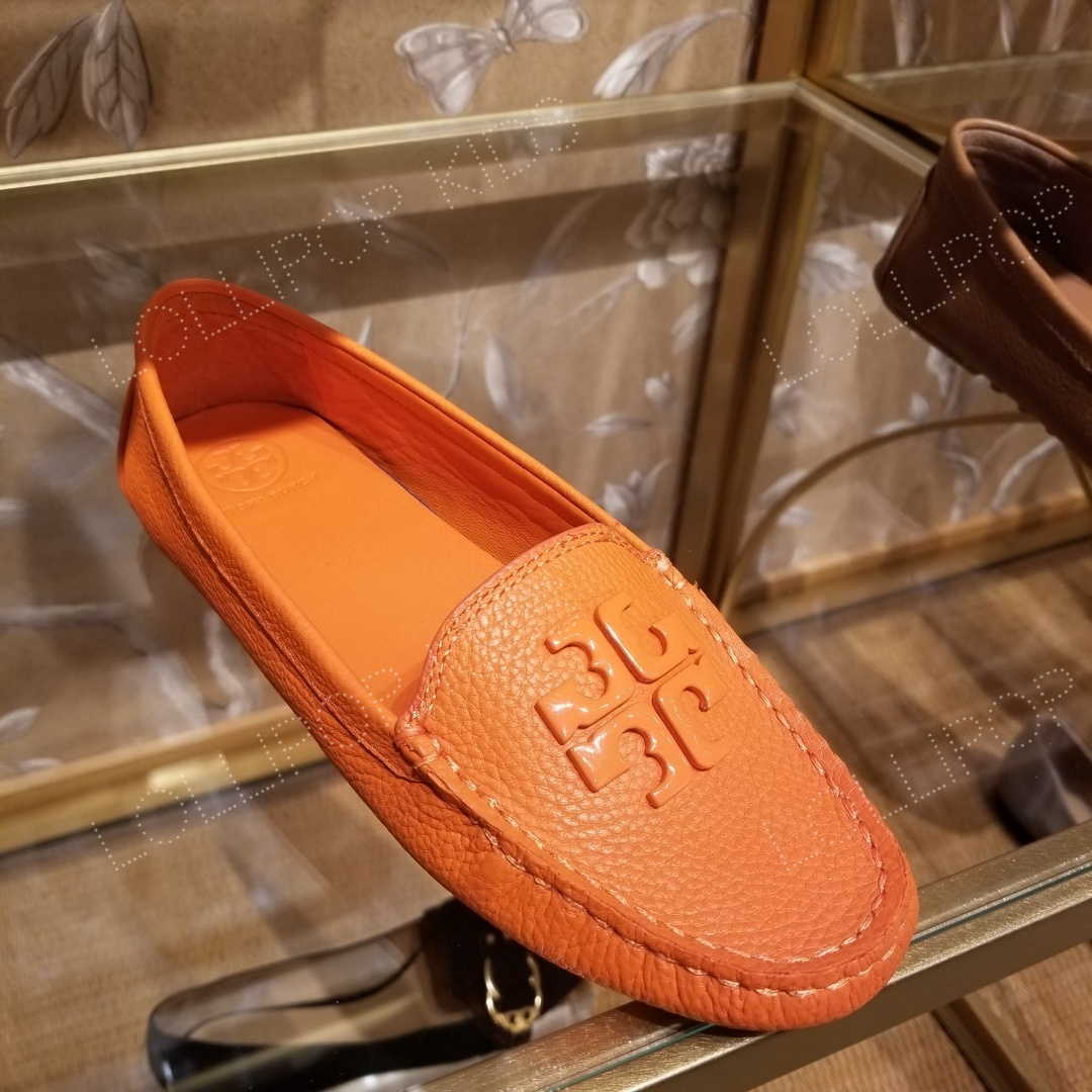 Shop Tory Burch 2020 SS Leather Loafer