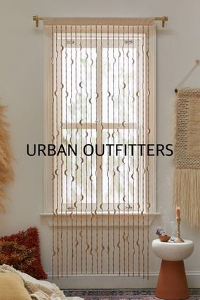 Urban Outfitters カーテン オシャレ雑貨☆URBAN OUTFITTERS☆Crescent Beaded Curtain