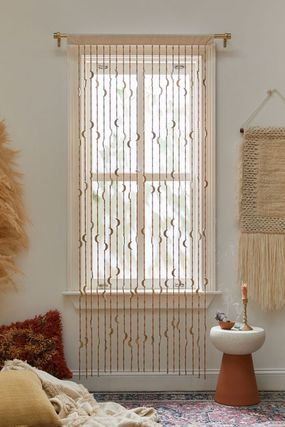 Urban Outfitters カーテン オシャレ雑貨☆URBAN OUTFITTERS☆Crescent Beaded Curtain(4)
