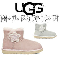 【UGG】TODDLERS MINI BAILEY BUTTON II STAR BOOT キッズブーツ