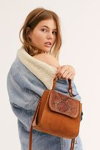【FreePeople】Uptown Embossed Snake Clutch