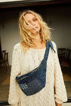 【FreePeople】Indigo Patchwork Belt Bag