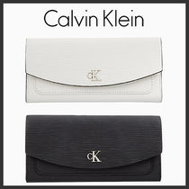 海外別注★Calvin Klein★Textured ladder wallet★受取安全発送