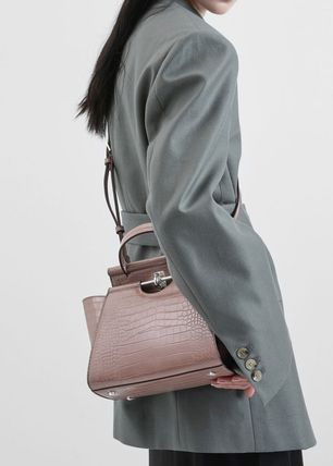 Charles&Keith ハンドバッグ ★Charles&Keith★ Croc-Effect Trapeze Bag★(3)