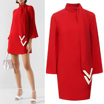 V1900 DOUBLE FACE RAYON MINI DRESS WITH V DETAIL