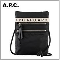 【A.P.C.】 フランス発 Neck Pouch Repeat