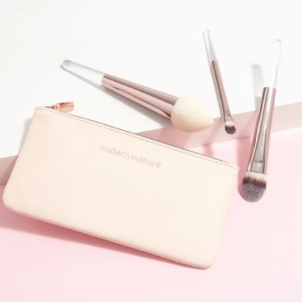 nude by nature ブラシ 限定☆コスメケース付★nude by nature★メイクブラシ3本セット(2)