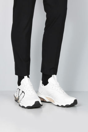 VALENTINO スニーカー 【VALENTINO】BOUNCE VLOGO SNEAKERS IN SMOOTH LEATHER(2)