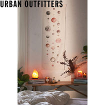Urban Outfitters  Watercolor Lunar Chart タペストリー