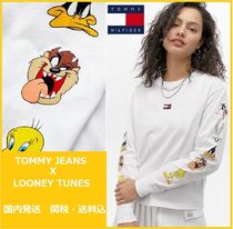 話題のコラボ TOMMY JEANS X LOONEY TUNES Long Sleeve T-Shirt