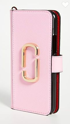 MARC JACOBS スマホケース・テックアクセサリー The Marc Jacobs【関税込み】3色★iPhone 11プロケース c425(4)