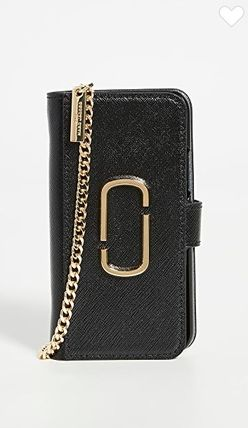 MARC JACOBS スマホケース・テックアクセサリー The Marc Jacobs【関税込み】3色★iPhone 11プロケース c425(6)
