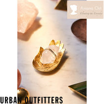 Urban Outfitters☆ Ariana Ost  クリスタル ハンドディッシュ