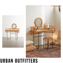 Urban Outfitters(アーバンアウトフィッターズ) 鏡台・ドレッサー 大人気★ Urban Outfitters  Mikko Vanity ヴァニティテーブル