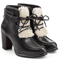 アグUGG Australia Analise Exposed Fur Boots ブーツ