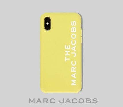 MARC JACOBS スマホケース・テックアクセサリー 【MARC JACOBS】SILICONE IPHONE X/XSケース M0015902