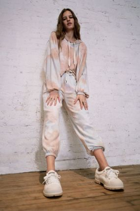 Urban Outfitters ルームウェア・パジャマ 【Urban Outfitters】ラウンジウェア TieDye 上下セット