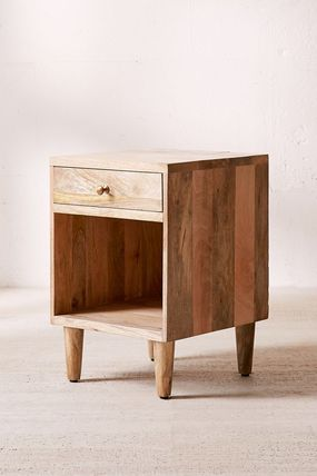 Urban Outfitters 棚・ラック・収納 全3色★ Urban Outfitters  Amelia Nightstand ナイトスタンド(2)