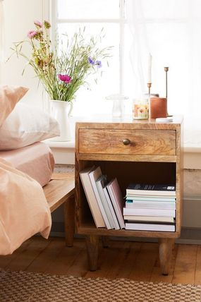 Urban Outfitters 棚・ラック・収納 全3色★ Urban Outfitters  Amelia Nightstand ナイトスタンド(7)