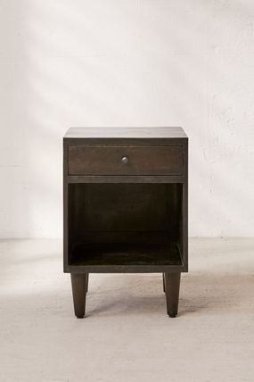Urban Outfitters 棚・ラック・収納 全3色★ Urban Outfitters  Amelia Nightstand ナイトスタンド(9)