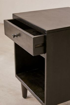Urban Outfitters 棚・ラック・収納 全3色★ Urban Outfitters  Amelia Nightstand ナイトスタンド(10)