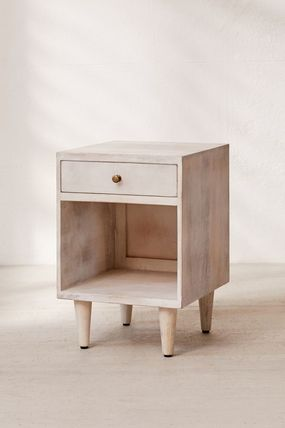 Urban Outfitters 棚・ラック・収納 全3色★ Urban Outfitters  Amelia Nightstand ナイトスタンド(14)