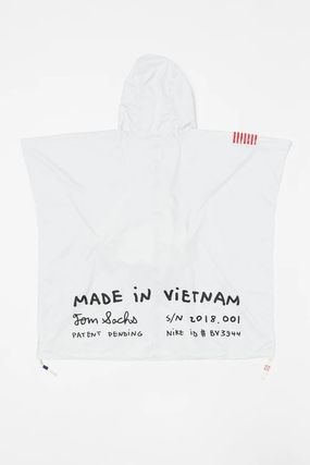 Nike アウターその他 NEW!お早めに!Nike Tom Sachs Packable Poncho in White(4)