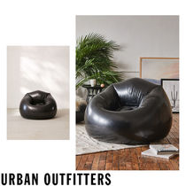 Urban Outfitters  Polly Inflatable Chair ビニールチェアー