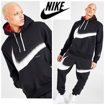 [NIKE]SPORTSWEAR OUTSIDE THE LINES☆フーディー☆