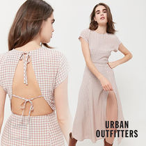 【Urban Outfitters】ミドル〇LINDSEY〇背中空きチェックドレス