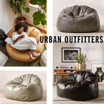 Urban Outfitters  Holden リサイクルレザー クッション 全4色