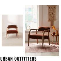 Urban Outfitters  Edith Velvet Arm Chair ベロア チェアー