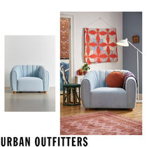 Urban Outfitters  Juliette Tufted Chair ベロア チェアー