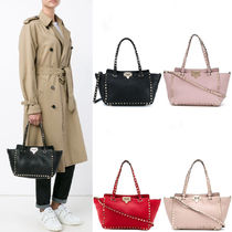 V1978 SMALL GRAIN CALFSKIN LEATHER ROCKSTUD BAG