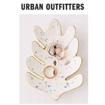 【Urban Outfitters】●日本未入荷●Leaf Catch-All Dish