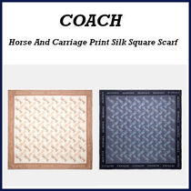【COACH】Horse And Carriage Print Silk Square Scarf