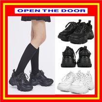 [OPEN THE DOOR] sporty matt platform sneakers (2色) /追跡付