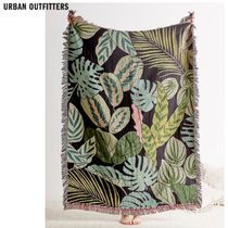 Urban Outfitters/leafy pattern reversible ブランケット関送込