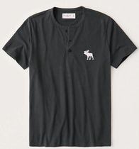 Abercrombie & Fitch Short-Sleeve Exploded Icon Henley