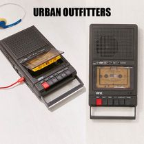 【Urban Outfitters】 Retro Shoebox Cassette Tape Recorde