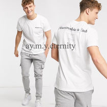 Abercrombie & Fitch(アバクロ) Tシャツ・カットソー Abercrombie&Fitch◆シンプル ロゴプリント 半袖 Tシャツ・送込
